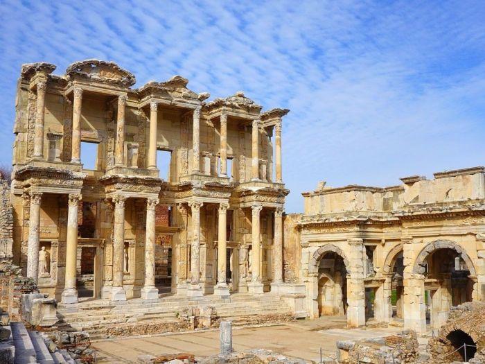 Éfeso - 7 Igrejas do Apocalipse